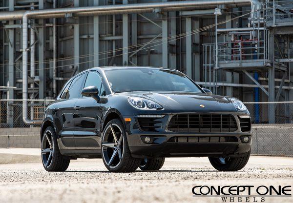 Porsche Macan With 22in Black Machine Csm02 Wheels