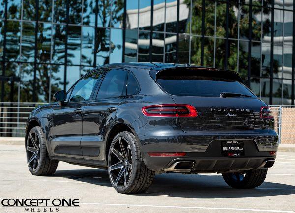 Porsche Macan With 22in Double Dark Tint Csm03 Wheels